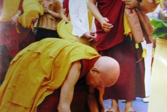 Grand Prayer in Homage to Lord Buddha Shakyamuni, conducted by H.E. Lati Rinpoche on 30 Oct - 3 Nov 2005.
